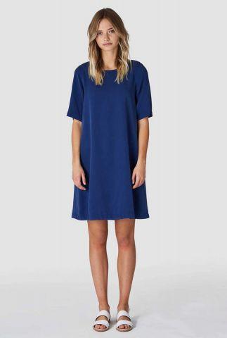 klassieke donker blauw t-shirt jurk van zacht tencel ten k200107010