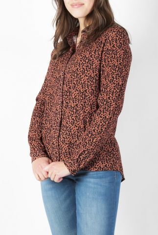 roestkleurige viscose blouse met zwarte blaadjes print klara