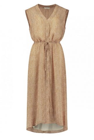 mouwloze maxi jurk met stippen dessin leah dress s21.49.1667