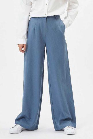 blauwe soepelvallende broek met wijde pijpen lessa e54