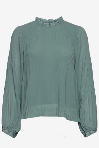 petrol kleurige blouse met plissé plooien en ruches kraag alie