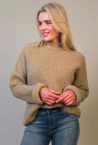 lichtbruine oversized trui met hoge hals mica knit w21.96.2192