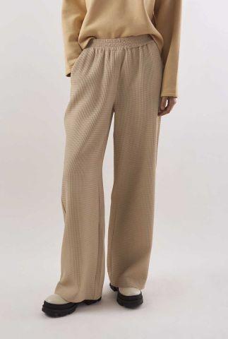 beige broek van wafelstof met elastische band solveig pants