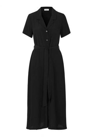 zwarte klassieke jurk met korte mouwen en ceintuur ivar dress
