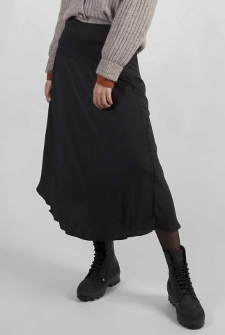 zwarte satijnen midi rok van gerecycled materiaal gloryann skirt