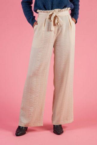 beige broek met wijde pijpen en ceintuur pernille
