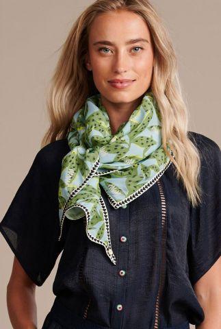 blauwe sjaal met bladeren dessin cheetah leaves sp6427