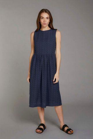 donker blauwe jurk met opengewerkte details primrose dress
