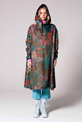 donkere regenponcho met gekleurde vlekken digi forest camo