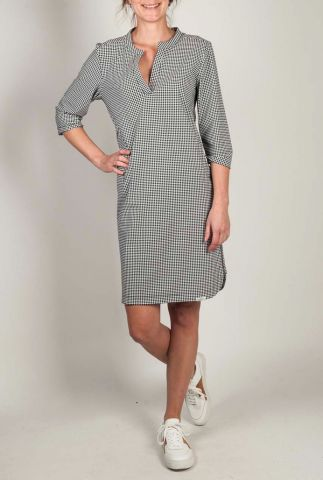 witte travel jurk met donkere stippen print s20m-jillp