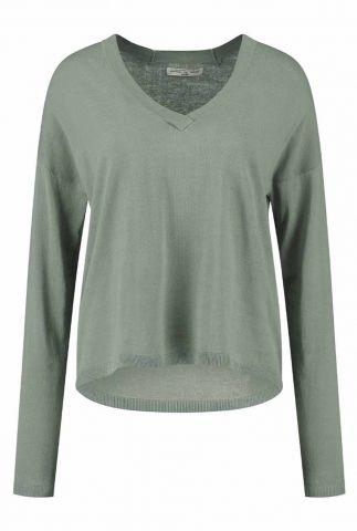 fijngebreide groene trui met v-hals lilo knit s21.72.1466