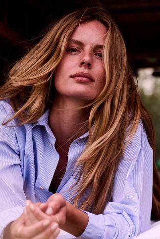 fijn gestreepte oversized blouse met borstzakje s21w310