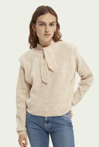 beige alpacamix trui met schouder details en strik 163839