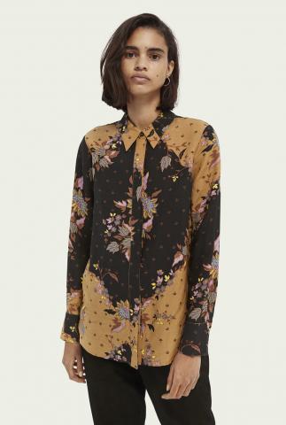 zwarte viscosemix blouse met bloemen dessin 162526