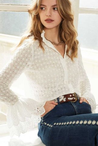 off-white blouse met broderie en ruffle details serenity blouse