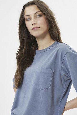 blauw t-shirt van biologisch katoen met borstzakje shara 6756