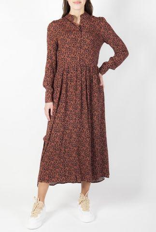 roestkleurige lange jurk met zwarte bladeren print shazzer