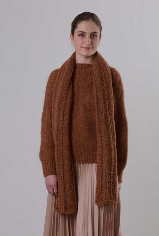 bruine sjaal van alpaca wolmix met ajour details perez spj1236