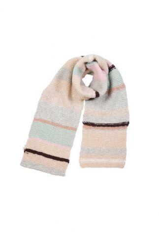 pastel kleurige hand gebreide sjaal met streep dessin lanzarote spj1234