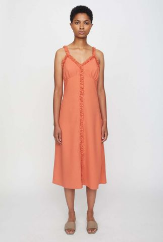oranje midi jurk met v-hals en ruche details stay dress