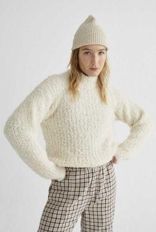 witte trui van alpaca wol met opstaande kraag trash cotys wkn00061