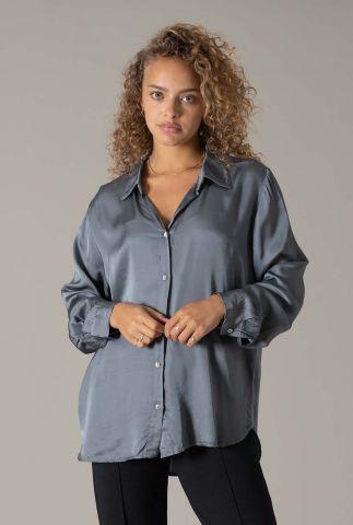 grijze satijnen blouse met rechte pasvorm en kraag silky blouse