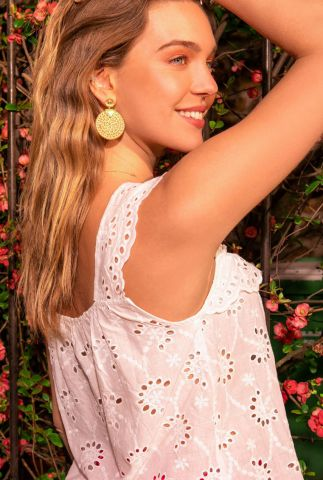 witte mouwloze top met broderie anglaise details midori