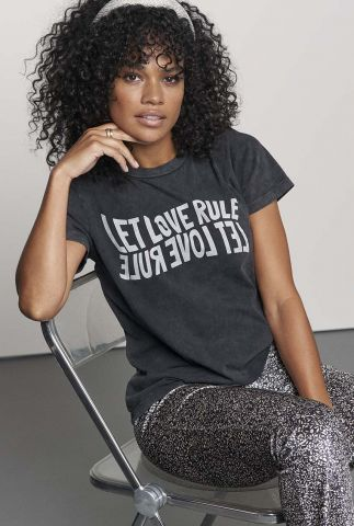 donker grijs t-shirt met tekst opdruk ts let love rule