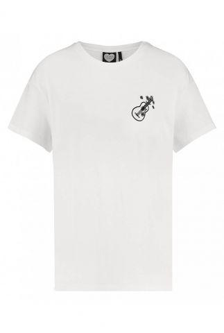 wit t-shirt met geborduurde gitaar en bloemen love song ts love song