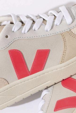 beige sneakers met roze v-detail v-10 suede multico vx032188