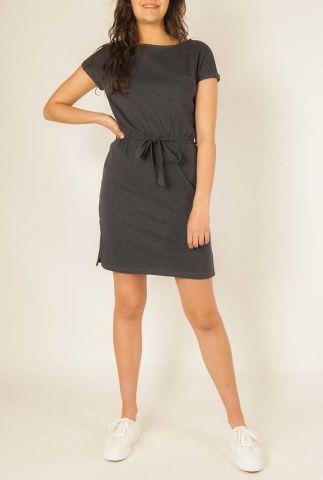 korte jurk met ronde hals en ceintuur  w-ds002