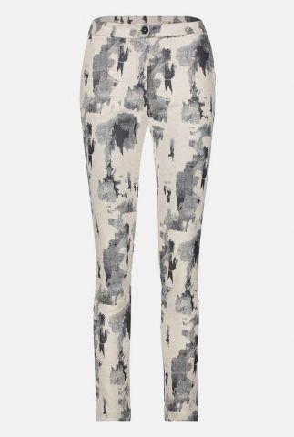 beige slim fit broek met donkere vlekken print w20t476