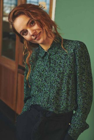 zwarte blouse met groen bloemen dessin nuchristi shirt 701124