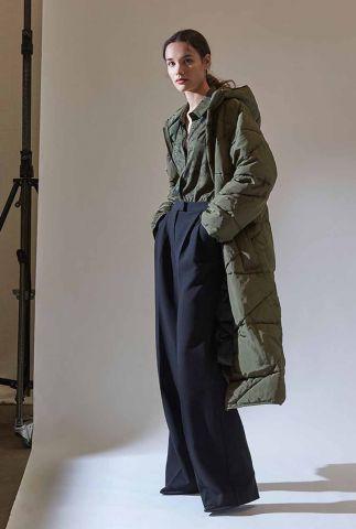 donkergroene gewatteerde jas met capuchon wenche coat