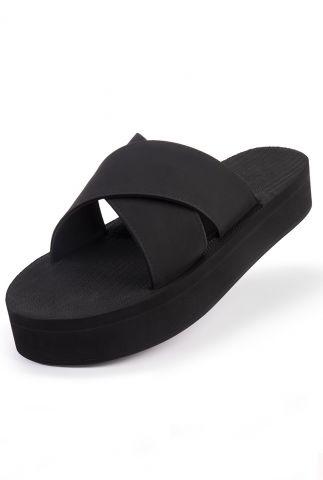 zwarte platform slippers met kruisbanden black cross platform