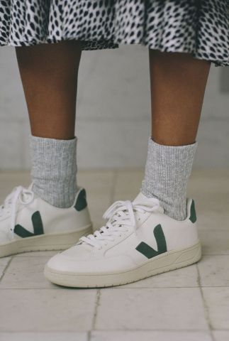 witte sneakers met groene suede details v-12 leather xd022336