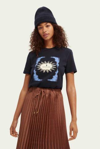 donker blauw t-shirt met grafische opdruk en flock details 163776